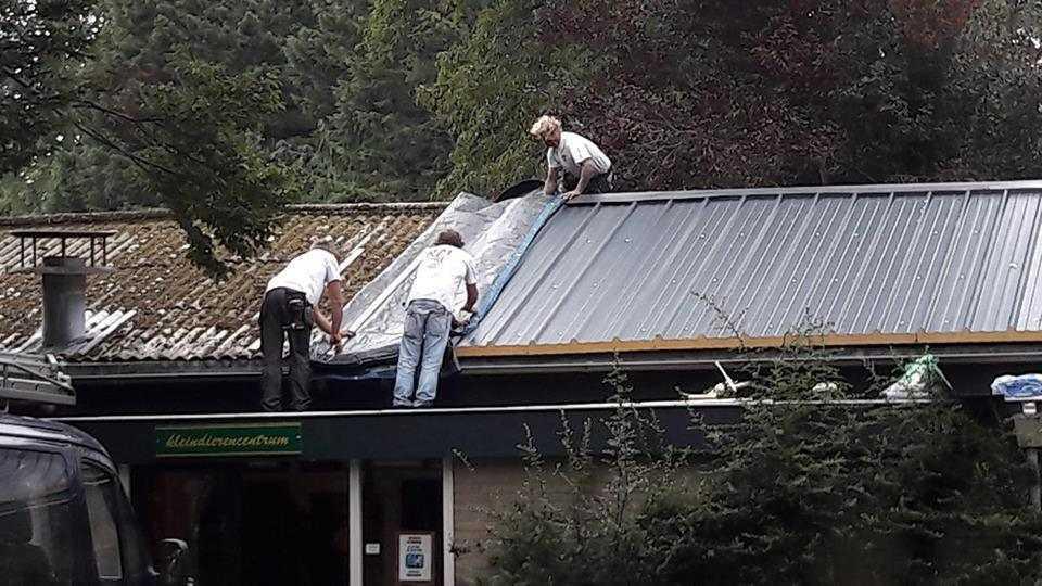 KleinDierencentrum Den Haag de voortgang van het nieuwe dak